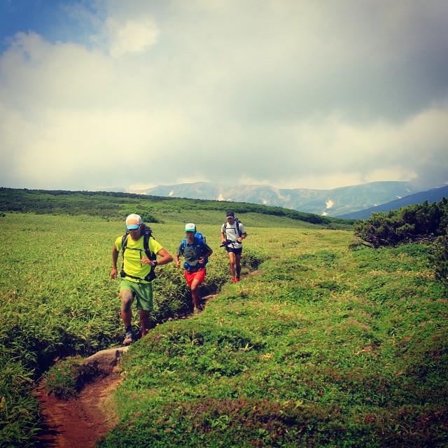 旭岳からトムラウシへの快適トレイル #Daisetsuzan #Tokachidake #Tomuraushi #Hokkaido #japanmountains #Fastpacking #OYMgram