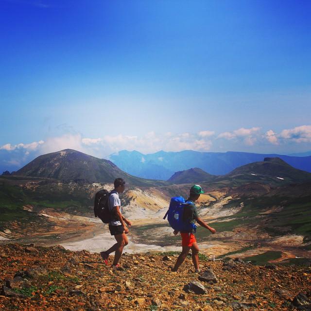 絶景の道をいく #Daisetsuzan #Tokachidake #Tomuraushi #Hokkaido #japanmountains #Fastpacking #OYMgram